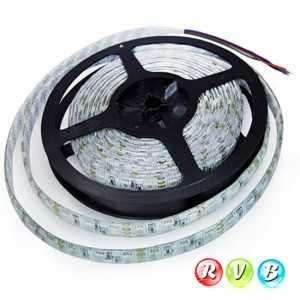 Strip 60 LEDS RVB rouleau flexible autocollant de 5m
