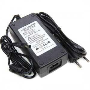 Transformateur 12 volts - 70 watts sur prise